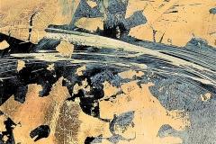 4 - Astrazione dorata -T. mista su tela con foglia oro -  40x40 cm